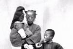 100年多前的小孩老照片,難得一見,太珍貴了
