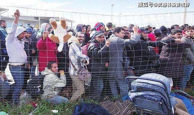不接受难民就是恶人?看到西方各国的悲惨现状,才知道中国多聪明_中欧新闻_欧洲中文网