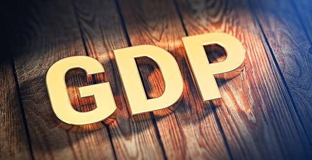 """印度的gdp是靠什么_印度那么""""穷"""",靠什么使GDP排行世界第6,比法国还高"""