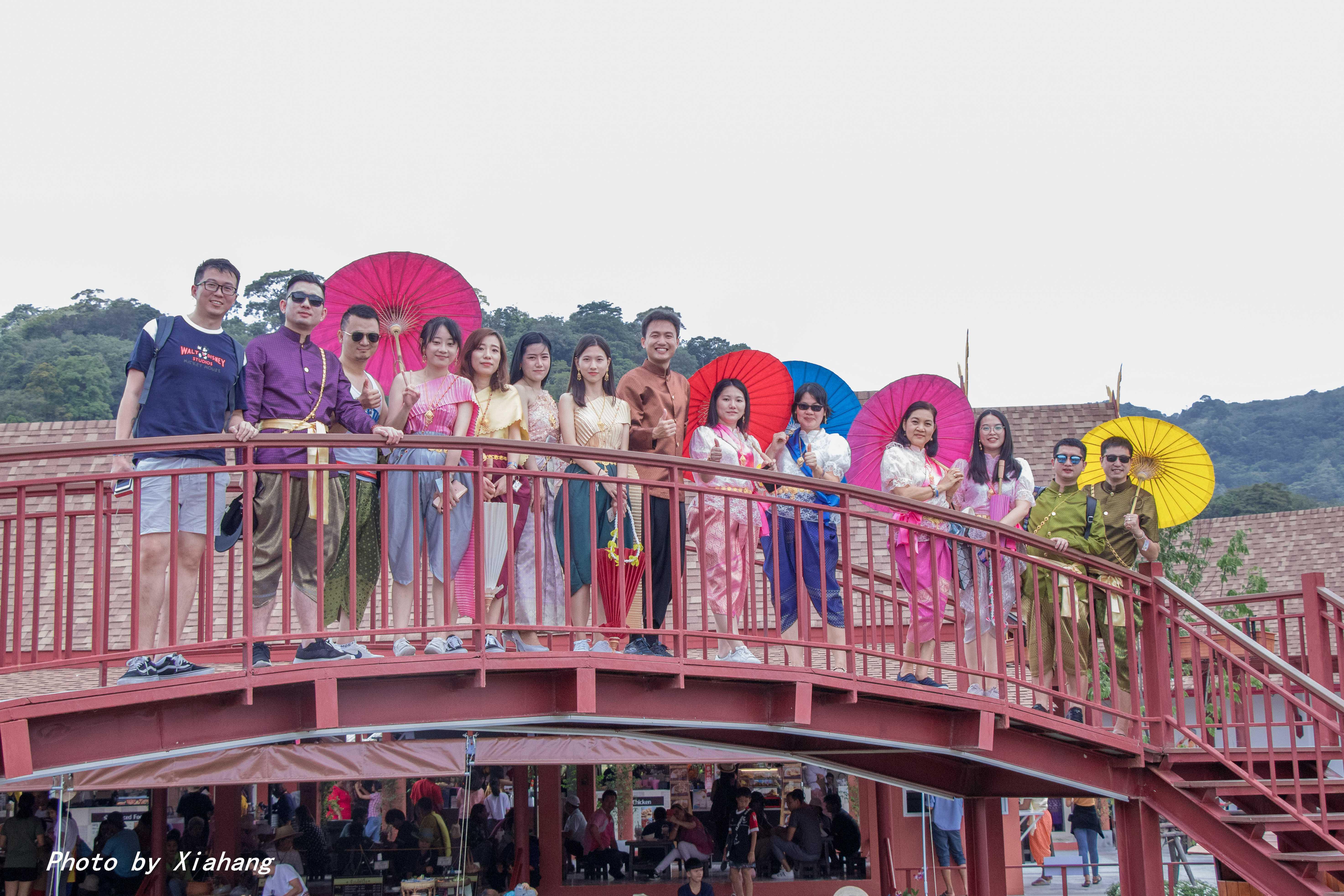 原创             普吉岛好玩的主题乐园,穿泰装,尝特色美食,做一回地道泰国人