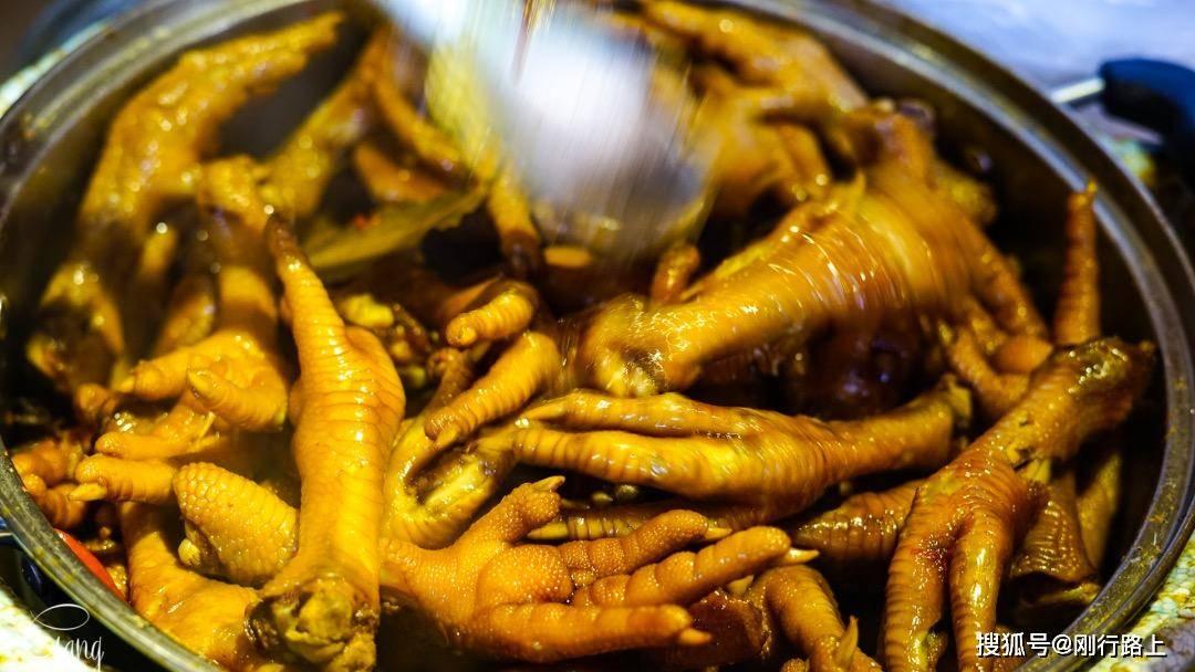 原创             打卡苏州平江路的网红美食,味道那么美,持续被人追捧的确有道理