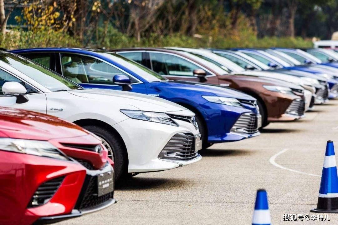 美媒评2020年十佳B级车,日系5款上榜成最大赢家,帕萨特第九