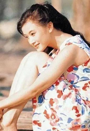 """罗浩""""辣妹子""""宋祖英:当红时嫁人 39岁生子,53岁的她现状如何?"""