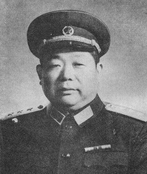 千里跃进大别山,刘邓大军总共有几个纵队,司令员