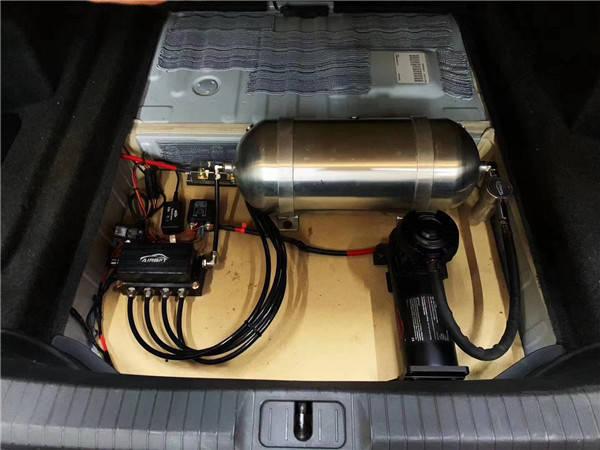 气压悬架李洋讲述凯迪拉克ats改装airbft台湾品牌气动图片