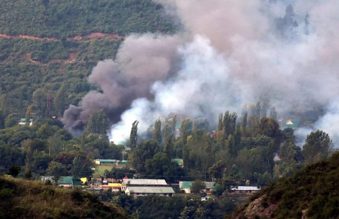印巴战火又重新被点燃,枭龙战机立战功,炸毁印度前线陆军总部