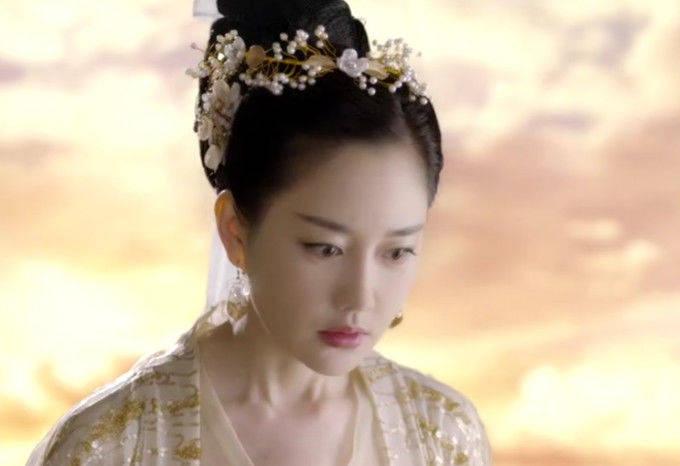 三生三世:乐胥原来如此自私,不仅怒怼白浅,还让她几世都不如意_素锦