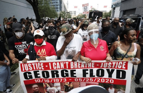 示威者200万!美国国民警卫队从华盛顿特区撤出