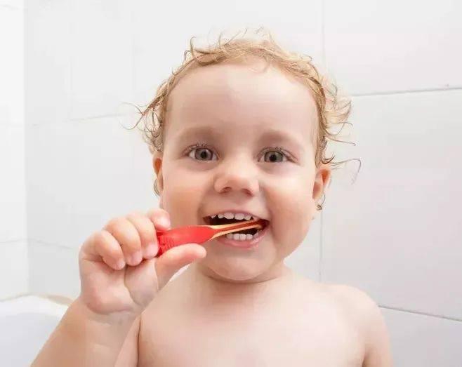 关于孩子刷牙那些事儿,很多父母都没有做对!