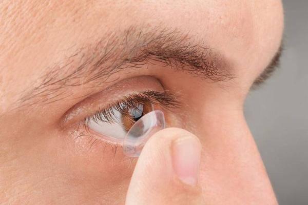 激光治疗近视可行吗?不瞒你说,需提前了解这些风险
