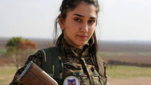 卫国是幸运的!叙利亚女兵入伍热情高涨,战斗
