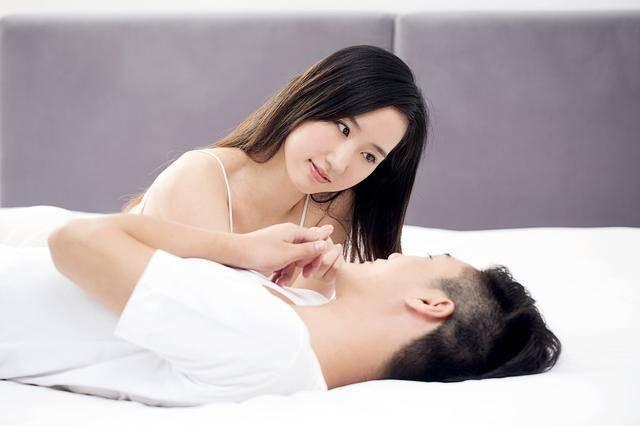 做爱都费劲的时代,靠什么维系婚姻?