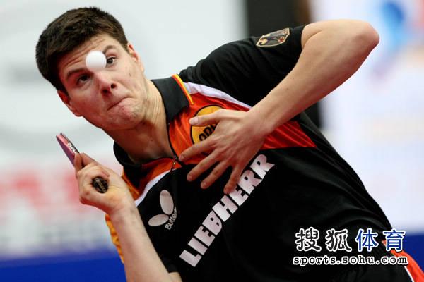 杜塞尔多夫乒乓大师赛再开战 两华裔高手所向披靡