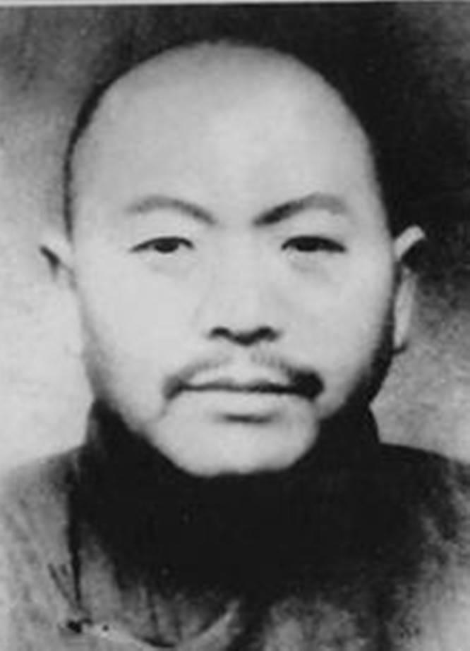 他奉命当汉奸,老母羞愧自缢,建国后病逝狱中,27年后才沉冤昭雪