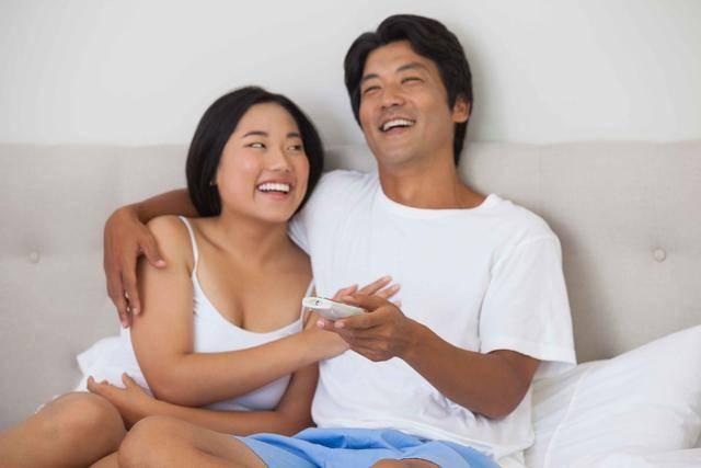 """夫妻""""为爱鼓掌""""多久一次好?医生坦言:这个""""数""""最佳,别逞强 营养补剂 第2张"""