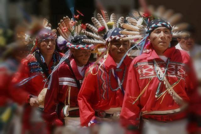 藏族人均寿命_藏族服饰