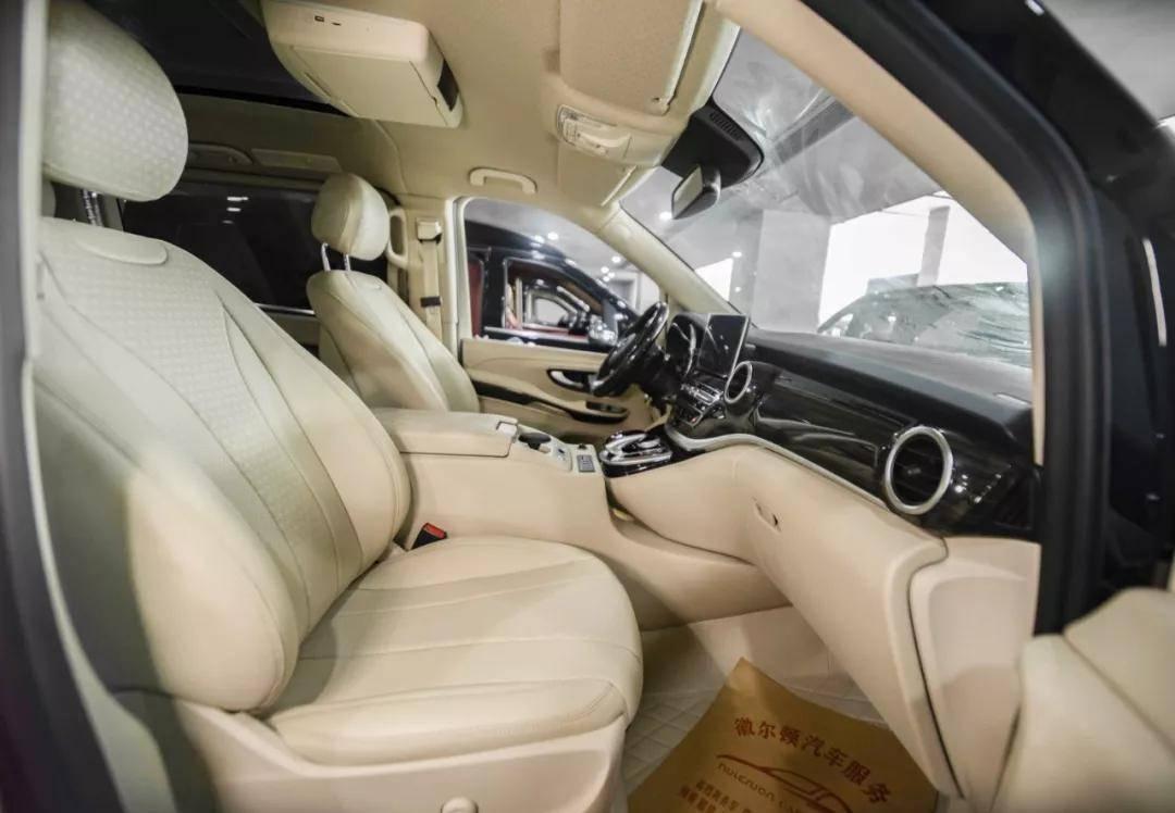 奔驰V260商务车界中的佼佼者 2020款现车优惠