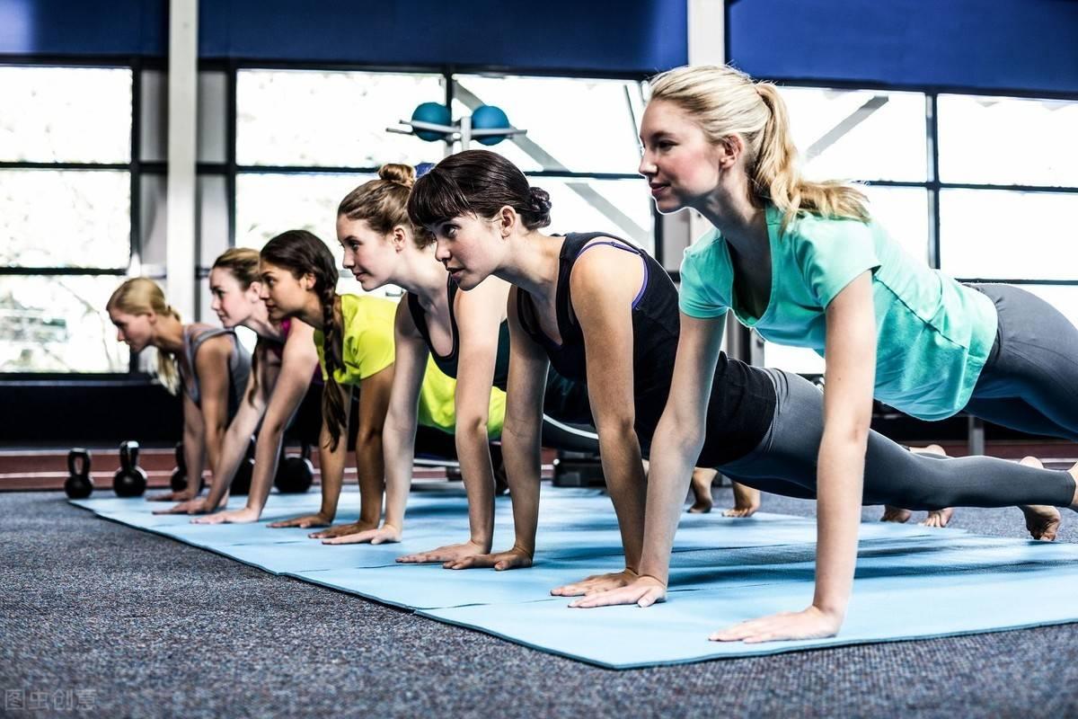 每天做这个动作5次,放松肌肉,提高身体灵活性 减脂食谱 第3张