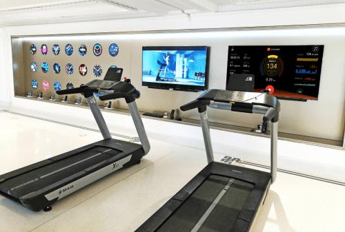 舒华X6i豪华智能跑步机入驻华为全球最大旗舰店 国内新闻 第3张