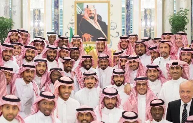 『公主』土豪国沙特为何盛产王子?王子连连看?5000位王子欢聚一堂