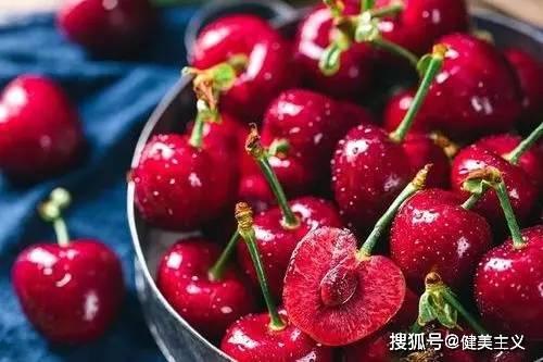 夏季正在减肥的你,应该知道吃什么水果更容易保持好身材! 锻炼方法 第10张