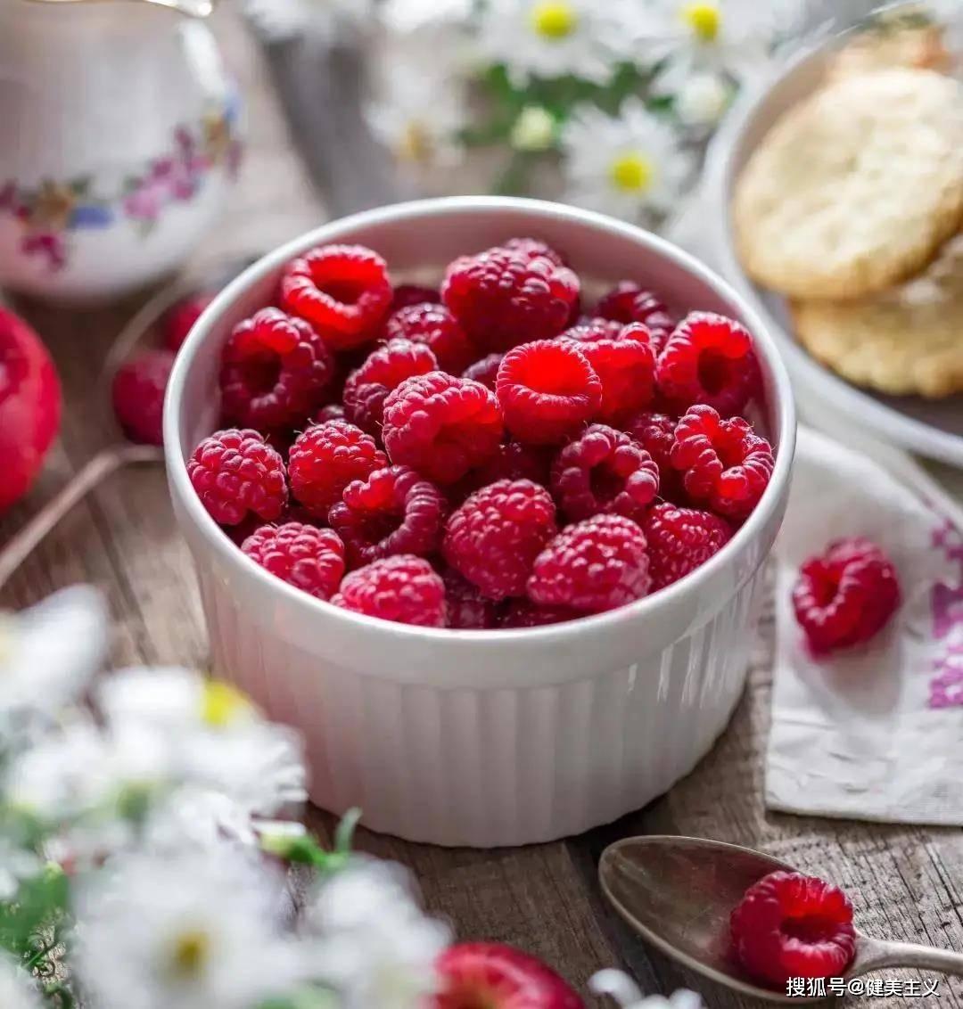 夏季正在减肥的你,应该知道吃什么水果更容易保持好身材! 锻炼方法 第11张