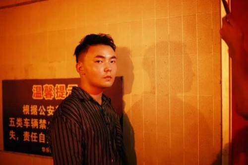 不要流量只要质量,先锋音乐人闵恒会是华语乐坛的下一匹黑马吗?