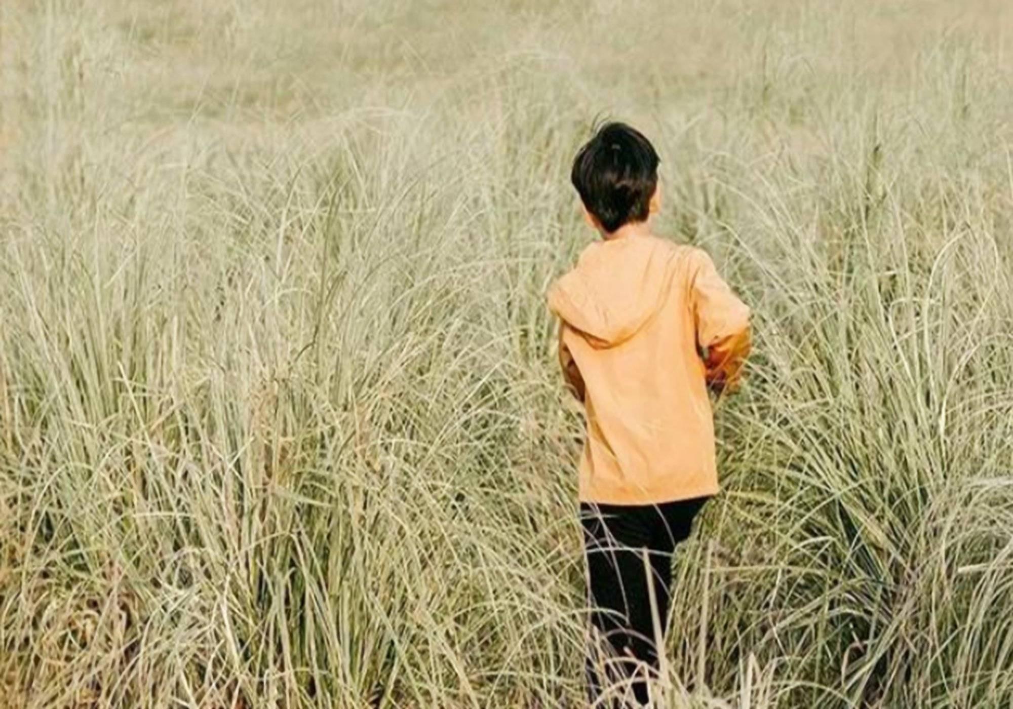 """在家长面前没有隐私怎能独立,中国父母最可怕的行为是""""不放手"""""""