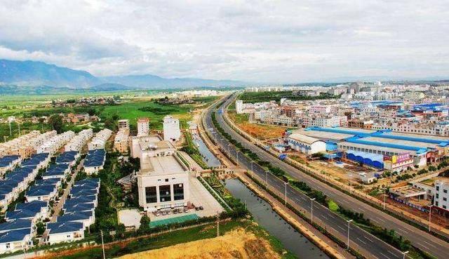 蒙自gdp_回顾去年红河州各市县GDP:弥勒、个旧、蒙自揽前三,今年呢?