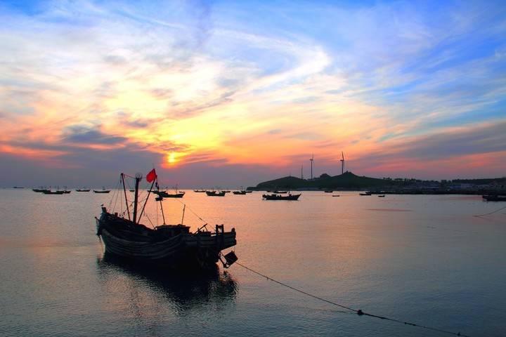 2020鲅鱼圈追海的最佳去处是利用周末。 渔夫赶海所在地