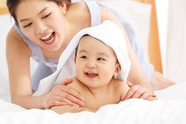 原创1岁内宝宝生长规律:有多个猛涨期,抓住一个未来身高发育就稳了