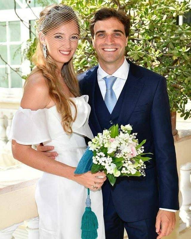 原创 奥地利最后一位公主嫁了!穿抹胸婚纱上阵,她还是时尚圈香饽饽