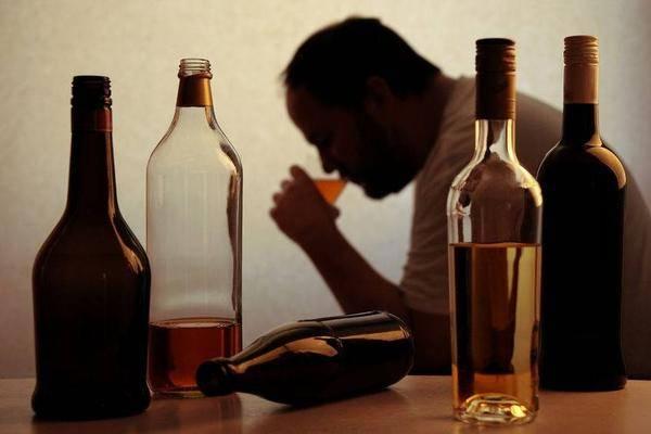 """肝病的""""祸首""""被揪出来了,不是烟酒,这个习惯不改,肝脏迟早会""""出事"""""""