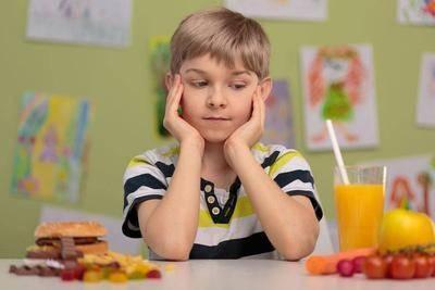 """胃癌是""""懒""""出来的?饭后""""一不要"""",睡前""""二不要""""肠胃会感谢你"""