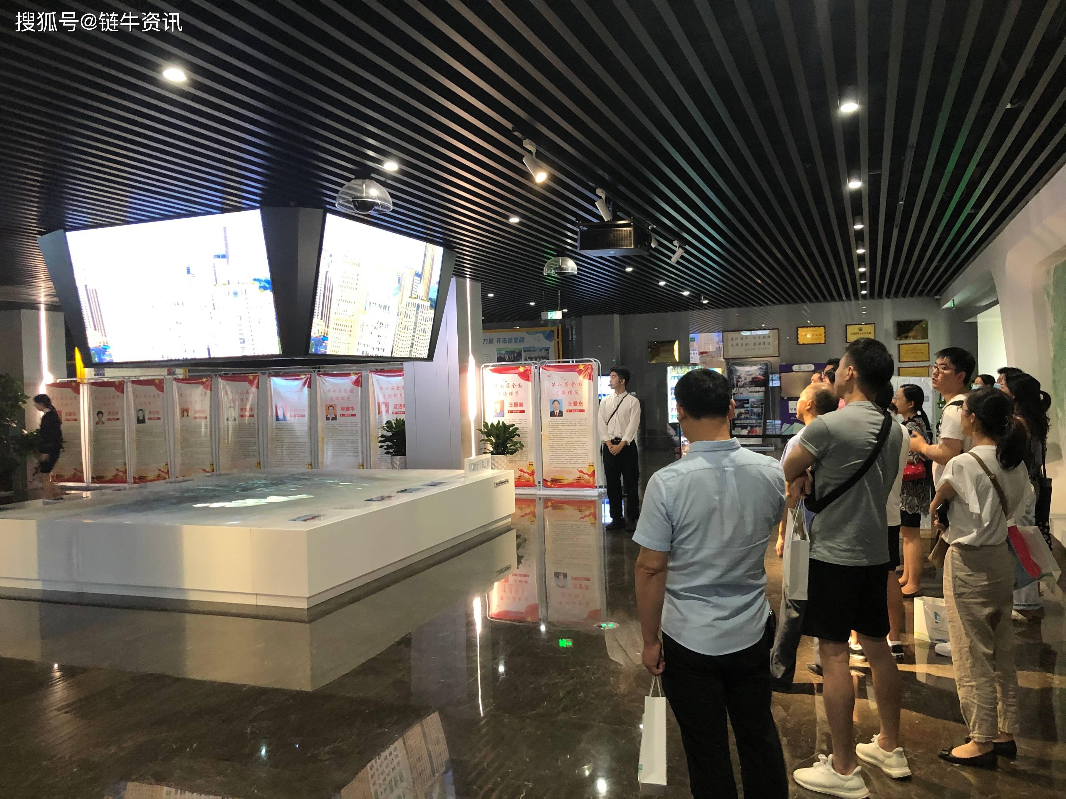 江西首届VR高校师资提升计划启动,探索新时代VR教育内涵