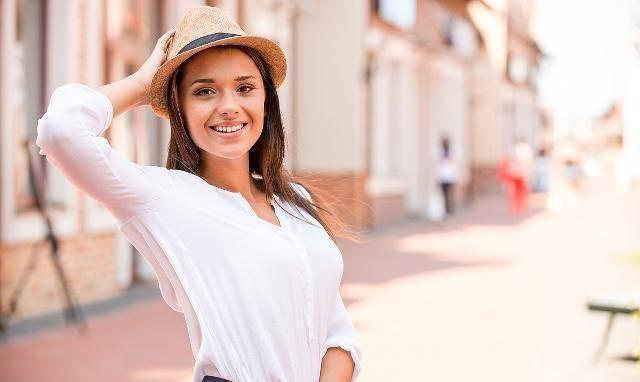 女性要想瘦出小蛮腰,不妨多做这些动作,坚持一个月,瘦出好身材