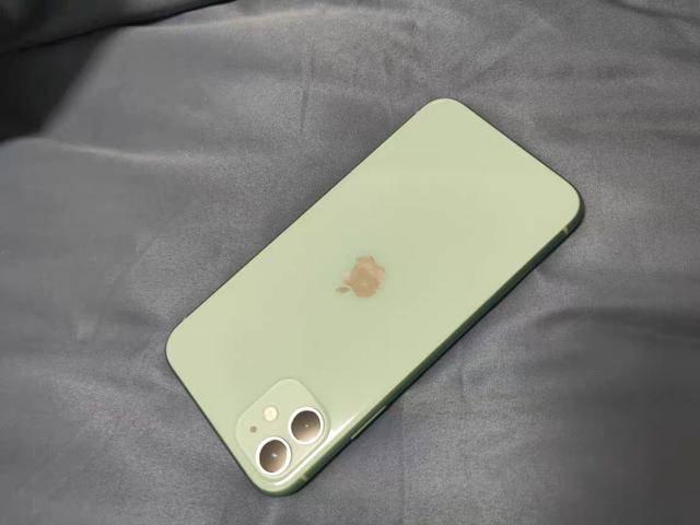 原创             本月别换iPhone11的两大理由,再忍一忍