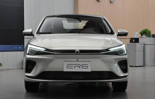 SAIC的新纯电动汽车到达商店,8天后售出。续航620公里,超越比亚迪秦Pro EV