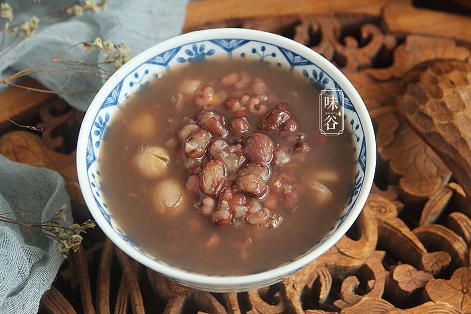 秋天最该喝这粥,香浓软滑,养护脾胃,早餐喝一碗,整天精神好