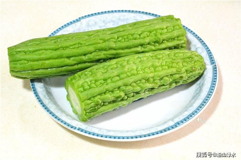 暑日里的时令菜—酿苦瓜