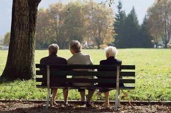 老年人养胃时间表这样吃远离胃病更健康!