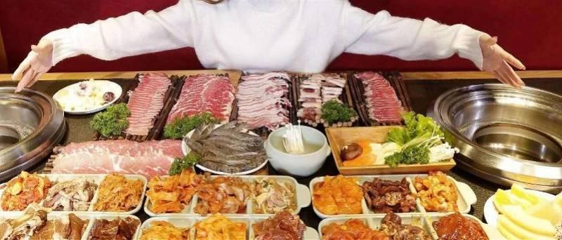 节约粮食提议花样百出!网友却不乐意了:我看还是自己在家吃吧