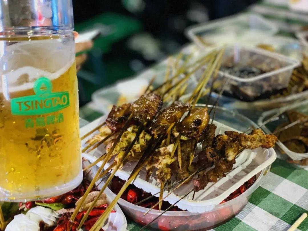 临沂第六届青岛啤酒节盛大开幕 再不干杯畅饮 这个夏天就过去啦!