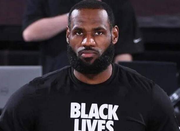 原创             NBA罢赛言论汇总:詹姆斯表态要求改变 库班为球员们感到骄傲