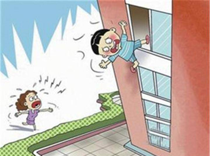 4岁男娃高空坠落身亡,父母缺乏安全意识,才是威胁生命的大隐患