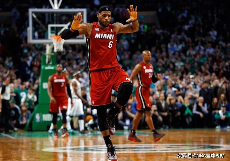 NBA球员决定继续季后赛,球员和NBA联盟寻求在周
