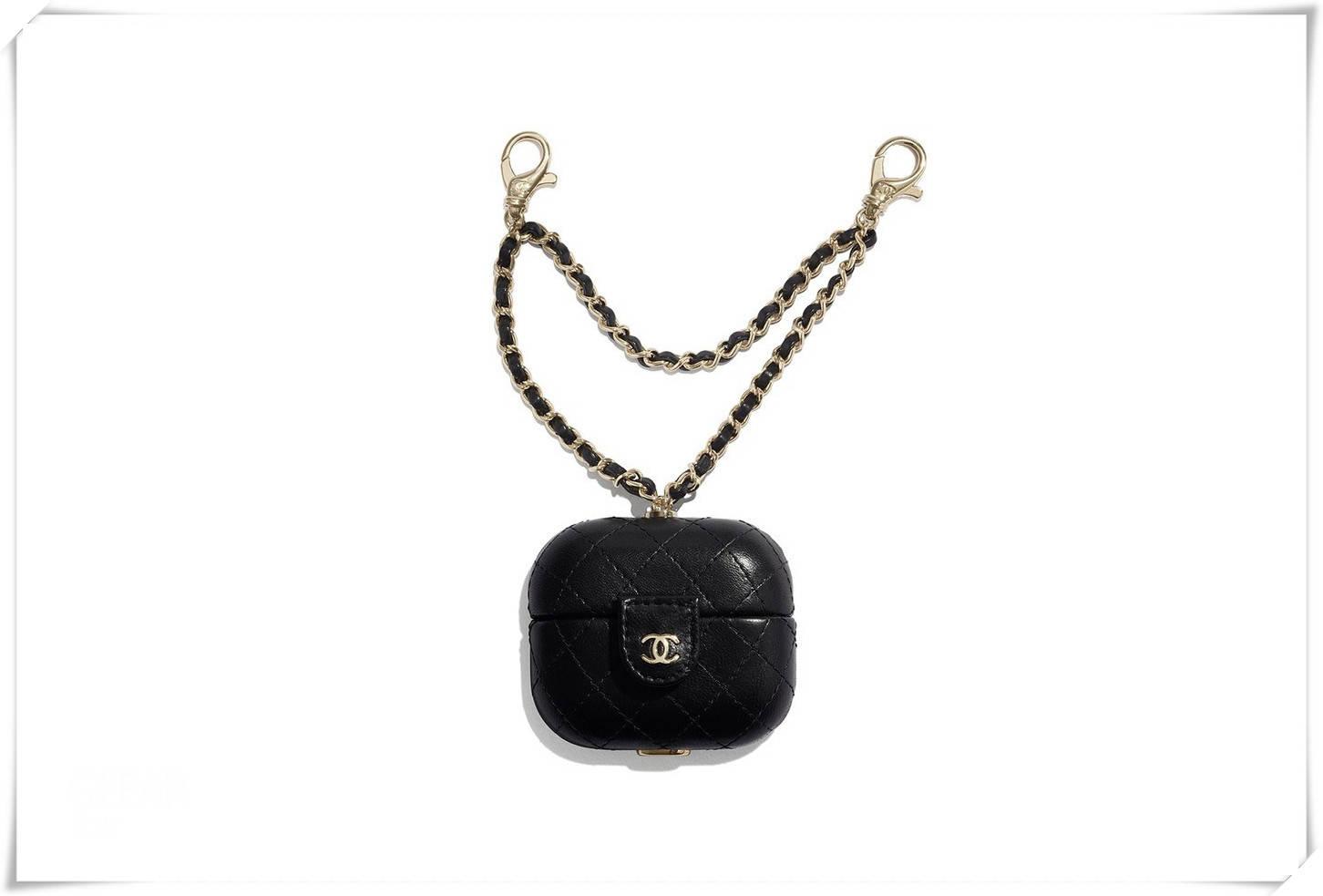 Chanel新款小件皮包,负担得起的高级感!