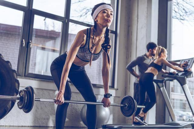 几个原因告诉你:健身,为什么要多做力量训练?