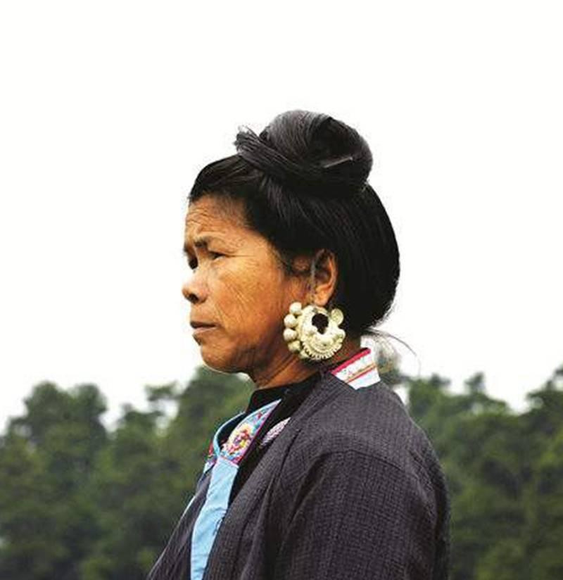 印在《第四套人民币》上的漂亮侗族姑娘