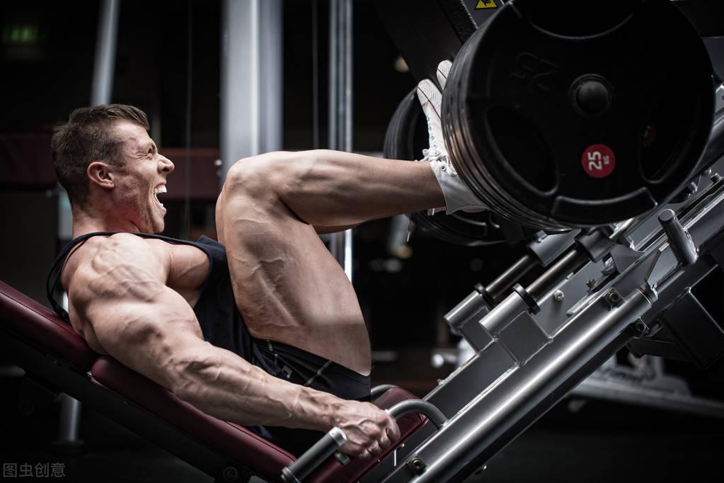 练腿虽苦,但好处多!一组腿部训练强壮双腿,提高下肢力量!